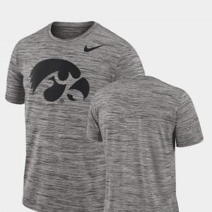 2018 Player Travel Legend Mens Performance Nike Charcoal Hawkeyes T-Shirt