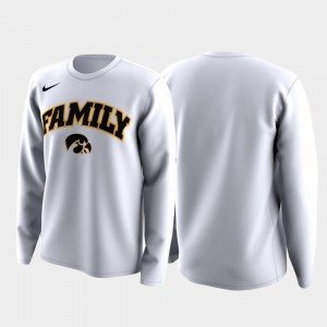 March Madness Legend Basketball Long Sleeve Hawkeyes T-Shirt White Family on Court Mens