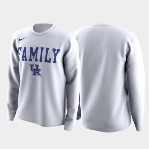 March Madness Legend Basketball Long Sleeve Kentucky Wildcats T-Shirt Family on Court White Men